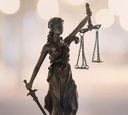 Photo of Lady Justice holding scales