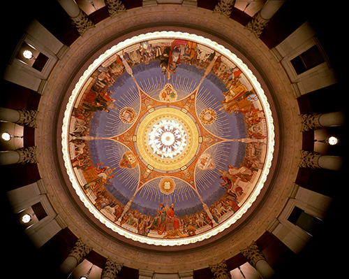 Photo: The spectacular mural, Law Through the Ages, lines the dome of the rotunda in the New York County Courthouse.